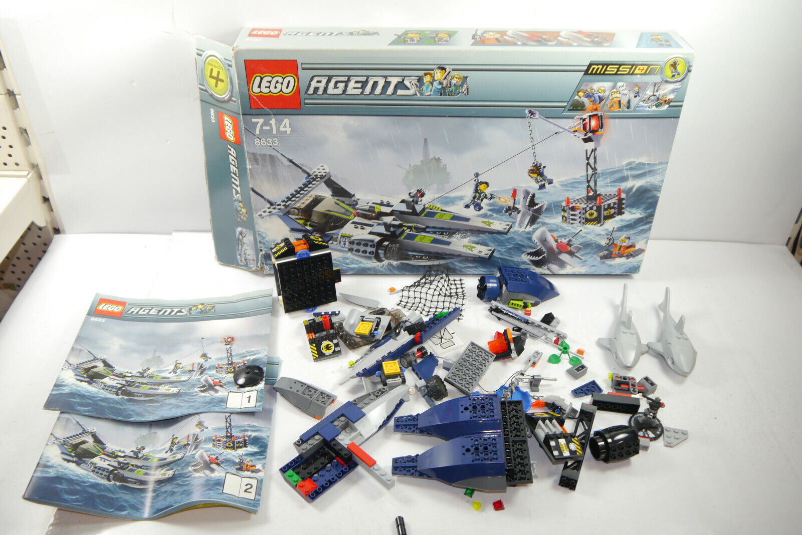 Lego 8633 Agents 2 x Great White Shark with Box Instructions (Mf5)
