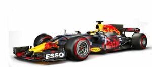 RED BULL RB13 F1 model race car Daniel Ricciardo GP 2017 1:43 BBURAGO 38027 R