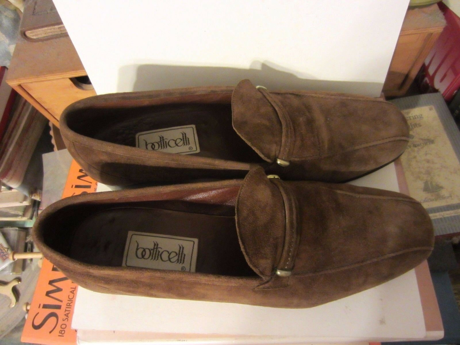 VINTAGE Botticelli Brown Suede Leather Brass Slip Slip Slip