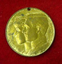 1913 GHENT BELGIUM WORLD'S FAIR SOUVENIR MEDAL - KING ALBERT, QUEEN ELISABETH