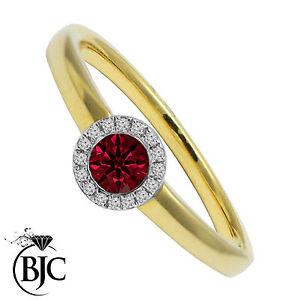 BJC-18ct-oro-giallo-rubino-e-diamante-grappolo-taglia-N-fidanzamento