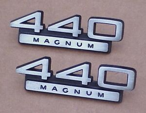 1966-1967-1968-MoPar-Dodge-440-MAGNUM-Emblem-Charger-Polara-Monaco