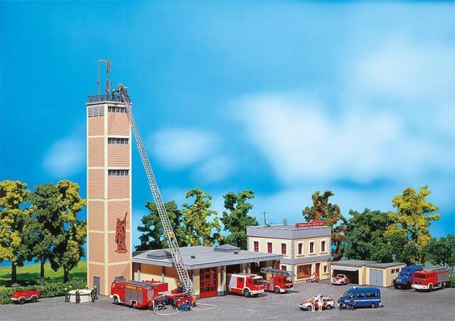 Faller 130989 Cuartel Moderno de Bomberos # Nuevo en Emb. Orig. ##