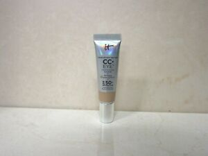 IT-COSMETICS-YOUR-SKIN-BUT-BETTER-CC-EYE-CONCEALER-SPF-50-LIGHT-0-33-OZ