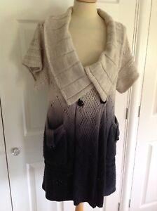 KAREN-MILLEN-graduated-dark-grey-amp-stone-cable-knit-COTTON-cardigan-Sz-1-UK-10