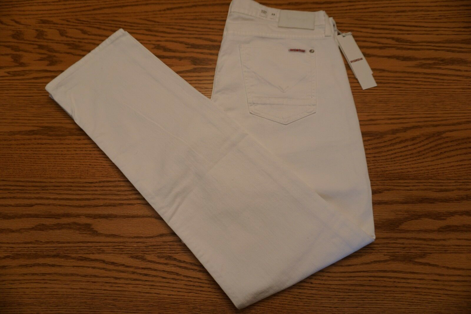 NWT MEN'S HUDSON JEANS Size 33 x 32 Byron Straight White Button Fly U.S.A.