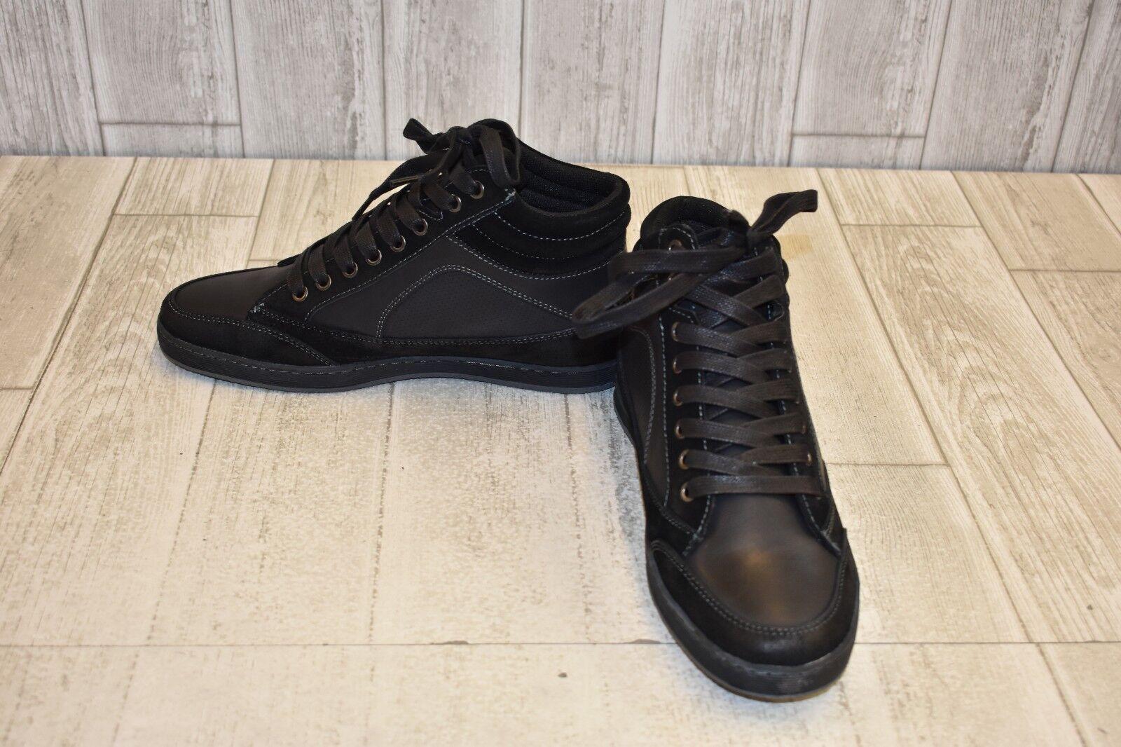 Steve Madden Peyson Casual shoes - Men's Size 8 - Black