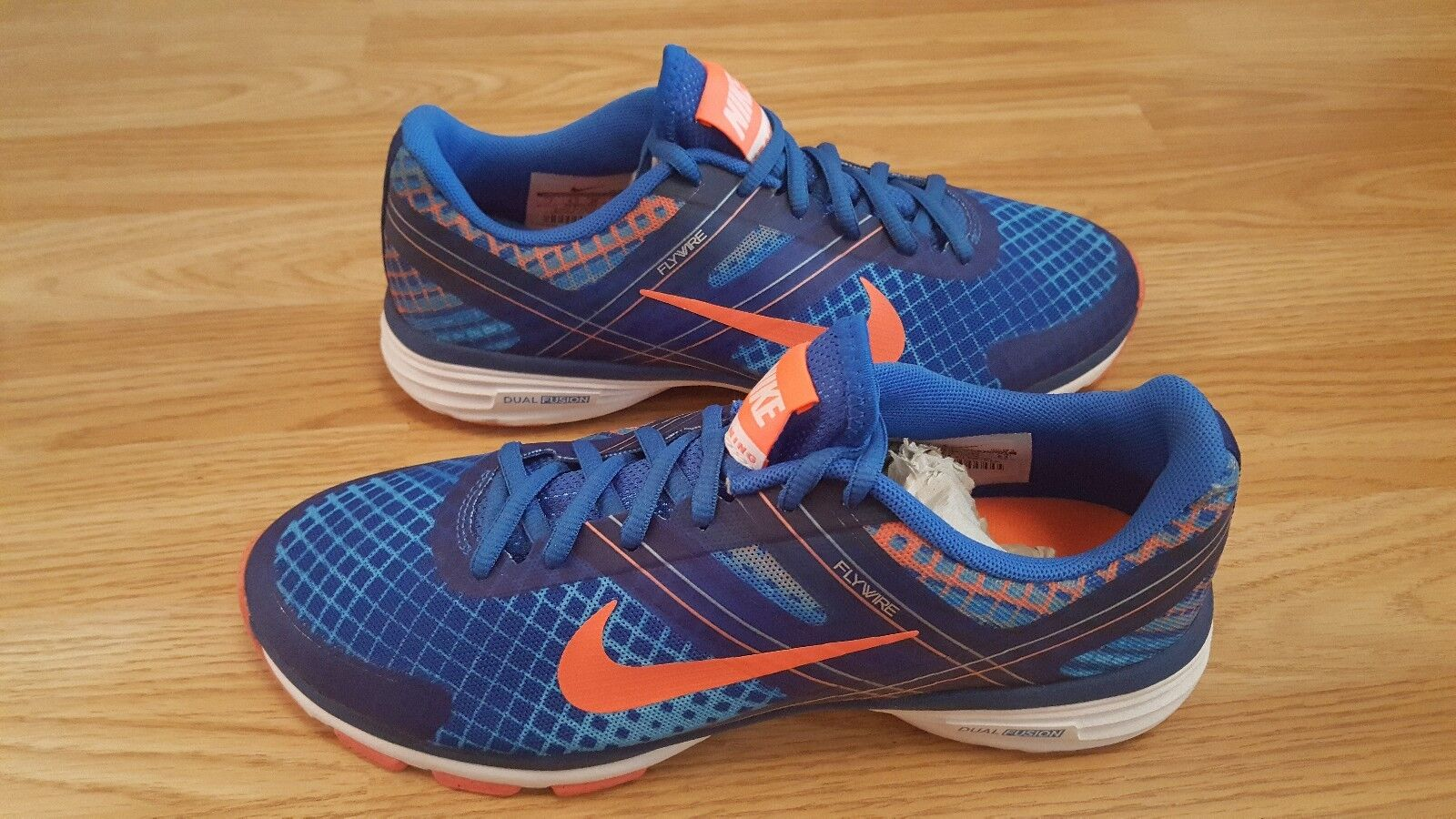 femmes NIKE DUAL FUSION TRAINNING 2 TRAINERS SIZE 4.538 EUR