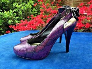 d5ff572a00a Details about STEVE MADDEN Snake Skin Purple PUMPS High Heels Womens  Stilettos Shoes Sz 7.5