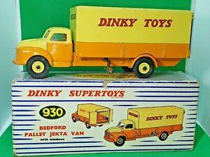 Vintage-Dinky-Toys-1960-039-s-Bedford-Pallet-Jekta-Van-No-930-three-pallets