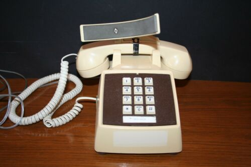 1987 Comdial Telephone Desk Top Push Button Beige HANDS FREE SECRETARY PHONE