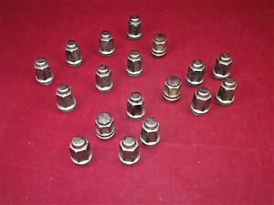 Lot-of-18-Lug-Wheel-Nuts-From-2005-Mazda-Tribute