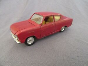 621F-Raro-Gama-Mini-Mod-9650-Opel-Kadett-Coupe-Rojo-1-45