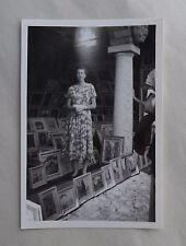 c1955 B/W Photograph. Morcote, Switzerland. Fashionable Lady among the Paintings