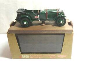 Brumm-1-43-escala-1928-105-130-HP-4-5-litros-Bentley-Racing-Green-R99-en-Caja