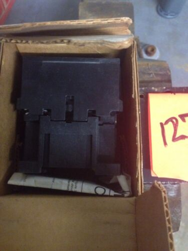 NEW GE MAGNETIC CONTACTOR CR4CDA 3PH 1NO AUXILIARY 120VAC COIL 10HP