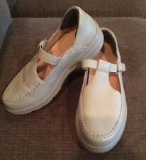 5e65eb210f44 DR COMFORT Lulu Women s Taupe Tan T-Strap Mary Jane Diabetic Shoes Size ...