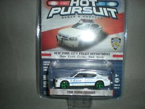 Greenlight  Hot Pursuit  NYPD  10/' Dodge Charger New York City