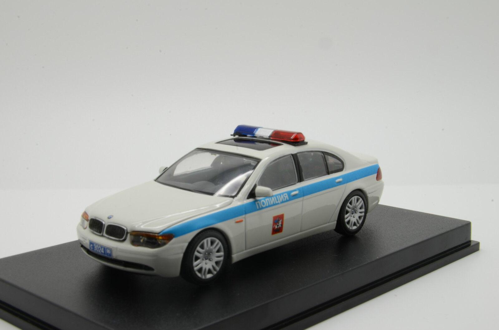 Mega Raro    BMW 7er policía ruso base en Minichamps Hecho a Medida 1 43