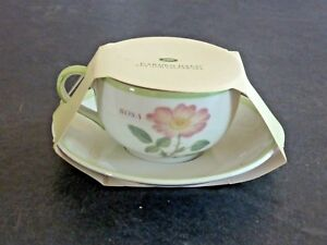 BOOTS-GARDENS-DAY-CUP-AND-SAUCE-NEW