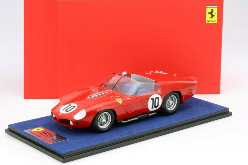 Looksmart Ferrari TR61 Winner Le Mans 1961 with Glass Cover 1 18 Scale New
