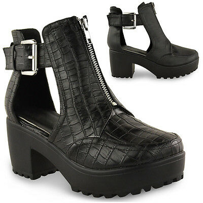 WOMENS LADIES CHUNKY BLOCK HEEL CLEATED SOLE CUT OUT CHELSEA ANKLE BOOTS SHOES