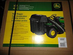 john deere bm21888 bg20776 twin bagger kit 100 series lawn tractors rh ebay com John Deere Online Service Manual John Deere Repair Manuals Online