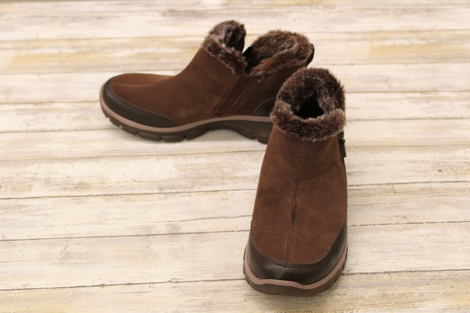 Skechers Easy Going Women's Zip Boots Chocolate size 8 *Repair