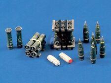 Verlinden 1/35 8 inch 203mm M110 SP Howitzer Ammo Shells Cartridges & Crates 422
