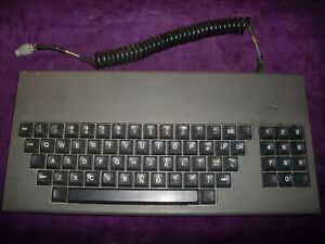 Rare-ancient-1982-collectible-keyboard-CHERRY-in-a-metal-case-Rare-connector