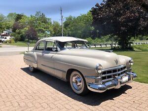 1949 Cadillac Series 62 - Touring Sedan 4dr