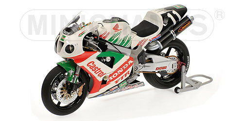 Honda VTR Castrol 2000 8h di Suzuka  V.Rossi   122001446  1/12 Minichamps
