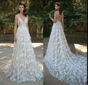 c1c0f4c4c371 Image is loading Berta-Mermaid-Lace-Wedding-Dresses-Spaghetti-Straps-V-