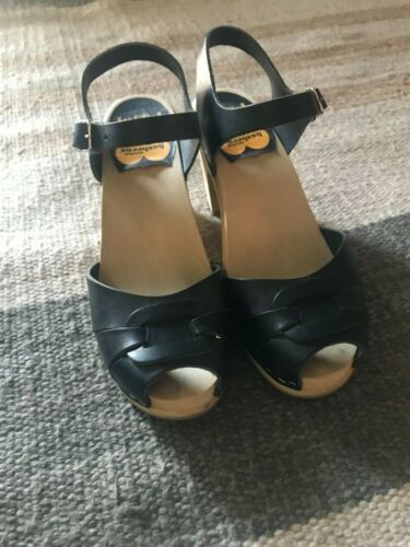 Black Swedish Hasbeens Sandals. Size 8. FREE SHIPP