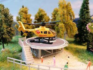Rettungshubschrauber   Helicopter mit Landeplatz   Spur N   1:160