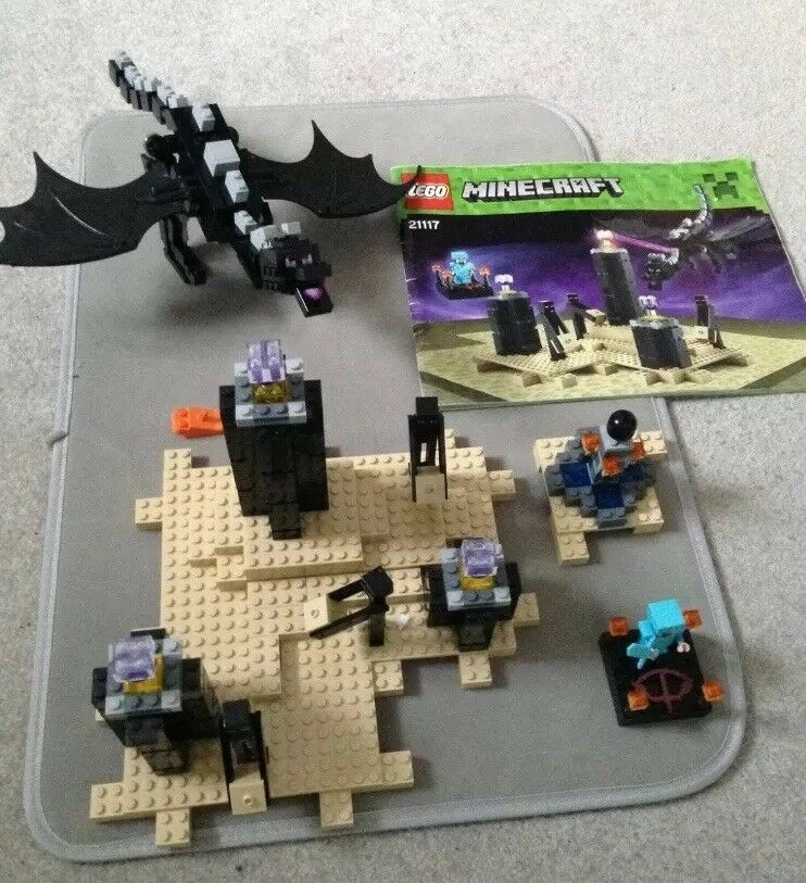 Lego Minecraft 21117  The Ender Dragon - Instructions & Mini Figures. Complete 2