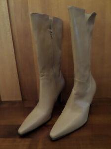 Stuart-Weitzman-Camel-long-boots-sz12M-Bottes-longues-Stuart-Weitzman-T42