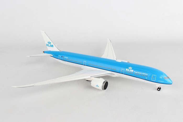 HG10833G Hogan Wings 1 200 KLM Royal Dutch Airlines B787-9 Model Airplane