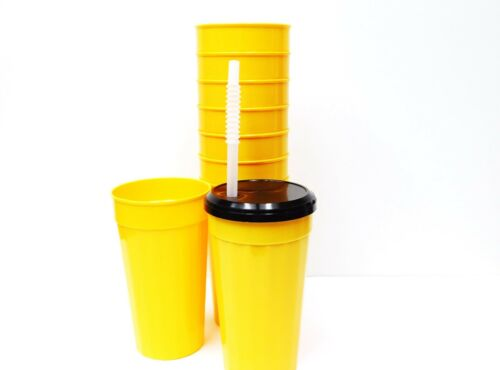 14 Lg Plastic Drinking Glasses//Tumblers Lids Straws Mix of 7 Colors Mfg in USA.