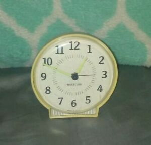 Vintage-RETRO-Westclox-Wind-Up-Alarm-Clock-Made-in-USA-Old-Nice-Collectible
