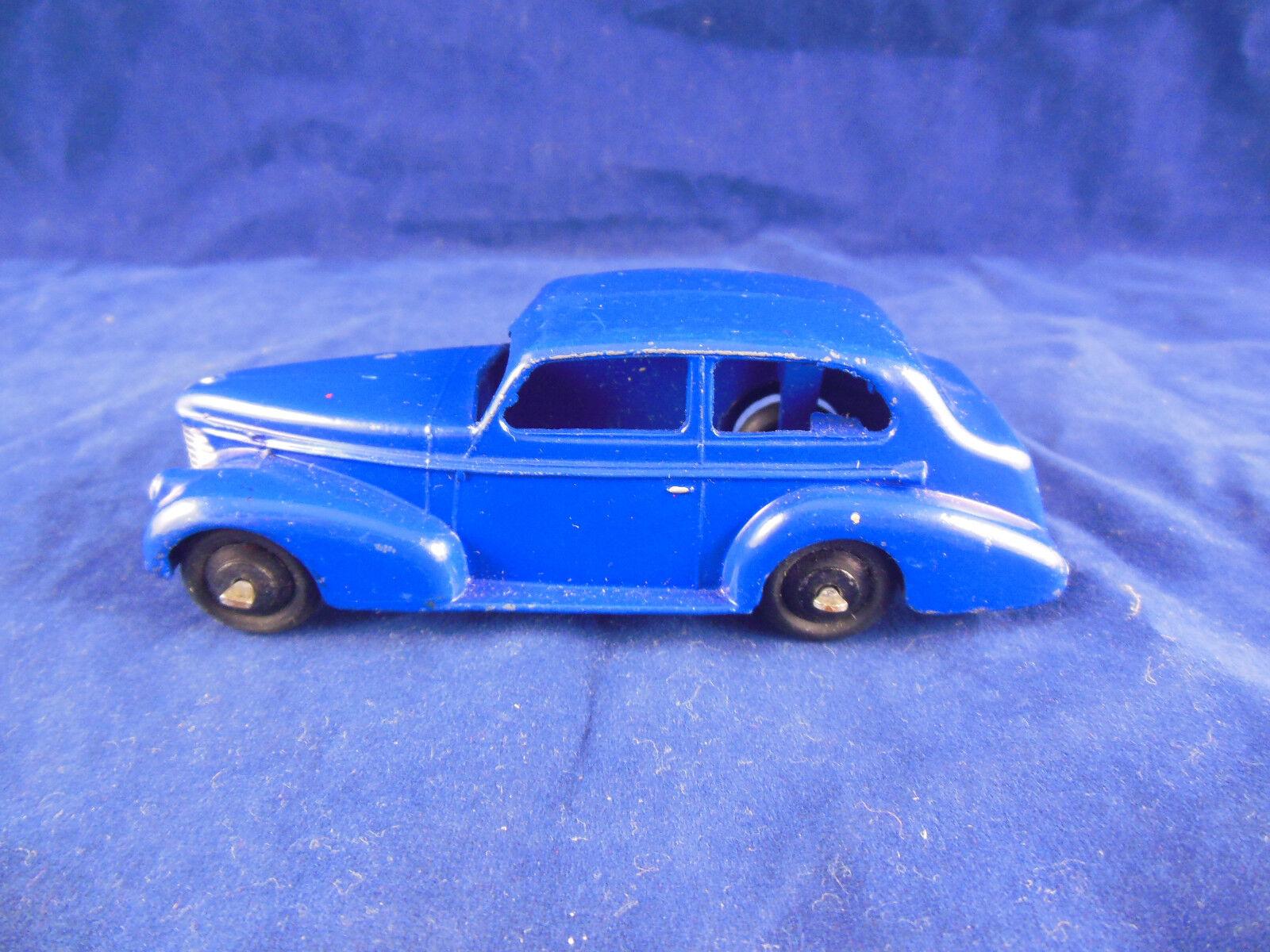 Vintage Dinky Toys 39a Oldsmobile 6 Sedan in purple bluee great & original