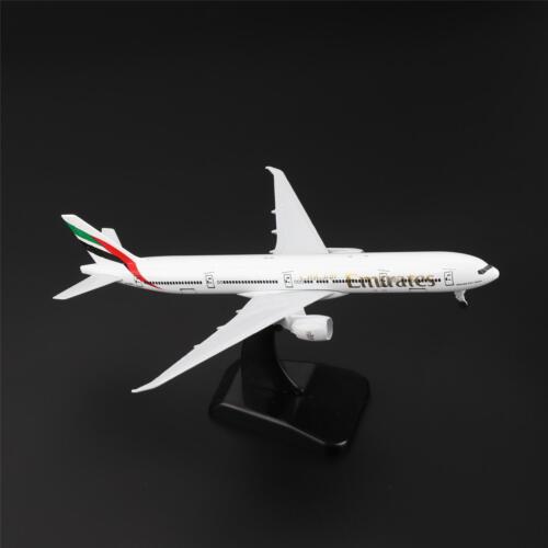 20cm Boeing 777 300ER Air Emirates Airlines Avion Modèle Miniature