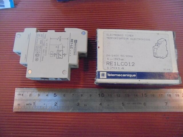 Telemecanique RE1-LC012 electronic timer 24//240V,50//60Hz NEU//OVP 1-30 sek