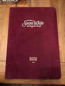 Disney Snow White Showcase Collection 24k Gold Collectable Cards Rare