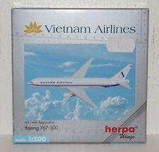 Herpa Wings Vietnam Airlines Boeing 767-300 mit Registration 1:500 502986