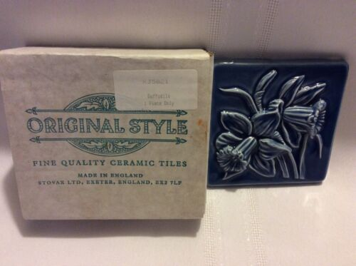 Vintage Original Style  Blue Daffodils  Border Decorative Tile