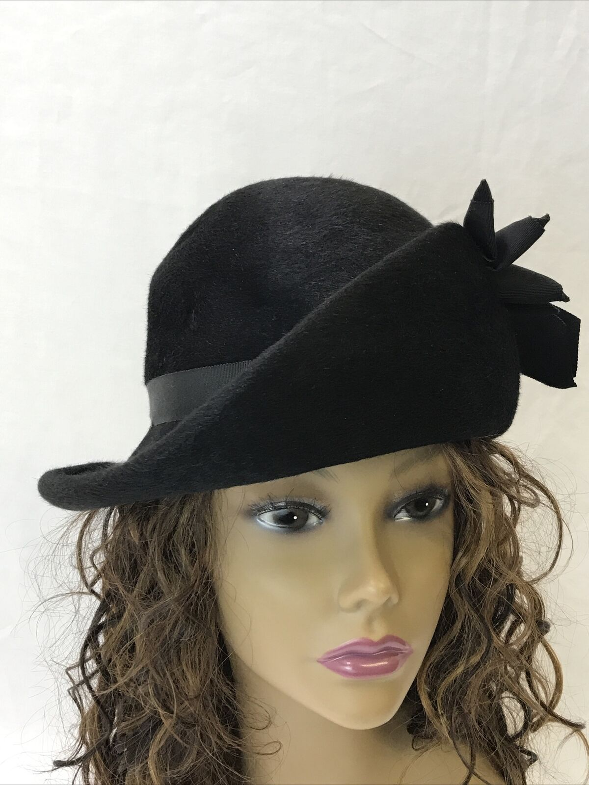 Vtg Womens Hat Assymetrical Cloche Bucket Derby Black Art Deco 20s 30s 40s Small