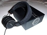 Mac Cosmetics Headphones Employee-only Holiday Gift Rare Collector's Item