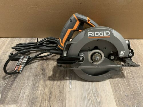 RIDGID 12 Amp Corded 6-1//2 inch Magnesium Compact Framing Circular Saw R3204