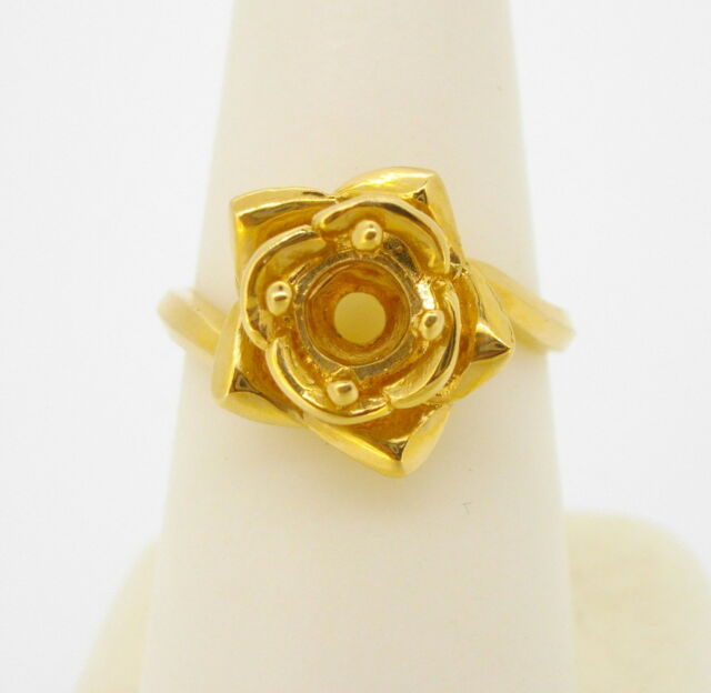 Ring 14k yellow gold mounting solitaire flower rose shape finger size 6 1/2